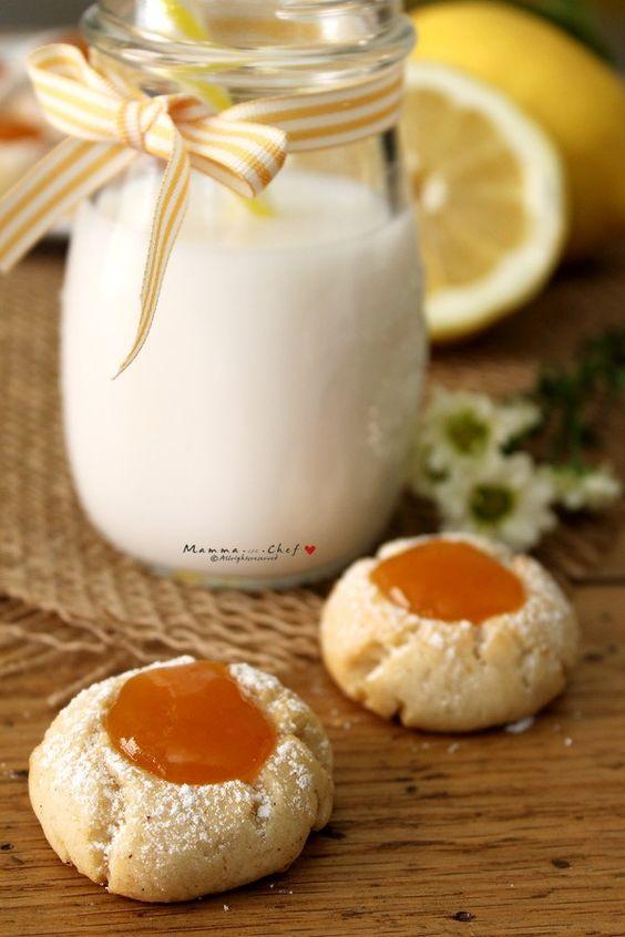 Biscottini al limone con marmellata