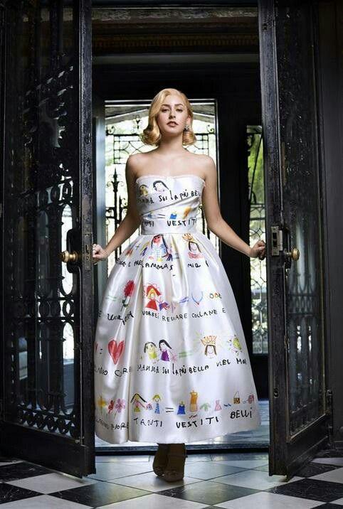 往年の大女優、グレース・ケリーの孫娘がモデルデビュー!その美しさはやっぱりおばあちゃん譲り❤ http://t.co/0PExV5xDg7 http://t.co/Lt7XqjIcVH