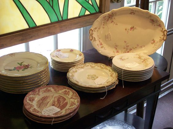 VINTAGE CHINA AT TREEHOUSE - LIMOGES, JOHNSON BROTHERS, WEDGWOOD, ROYAL DOULTON, DEPRESSION GLASS AND SO MUCH MORE.