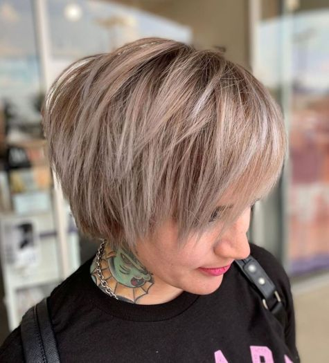 Short Layered Hairstyles For Straight Hair In 2020 Short Hair With Layers Thin Straight Hair Straight Hairstyles