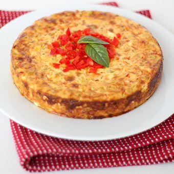 Corn Relish Savory Cheesecake //  SavoryPantry.com  //   #Corn #Dip #PartyDip