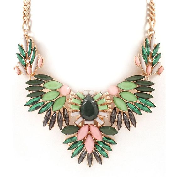 Ruche Statement Necklace In Green Peachy Queen Boutique (¥1,670) ❤ liked on Polyvore featuring jewelry, necklaces, accessories, flower jewelry, green necklace, bib statement necklace, green jewelry and flower statement necklace
