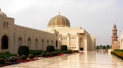 Muscat die Sultan Qabus Moschee by mr53160  Moschee Oman Muscat mr53160