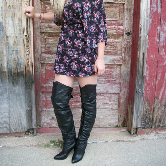 Vintage 80s Boots / Thigh High Black Leather Boots / Corset Ties