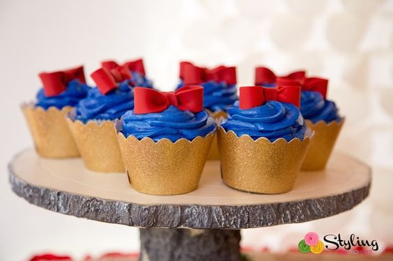 Simplified Snow White Cupcakes, They'd Look Great In Yellow Wrapers