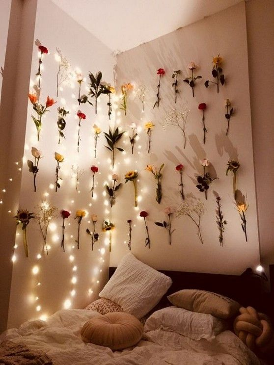 57 Gorgeous And Vintage Bedroom Decoration Inspirational Ideas With Led Light Page 12 Of 57 Diaror Di Aesthetic Room Decor Dorm Room Decor Dorm Decorations