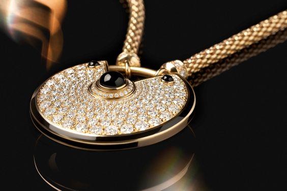 #Amulette de #Cartier necklace in #Singapore