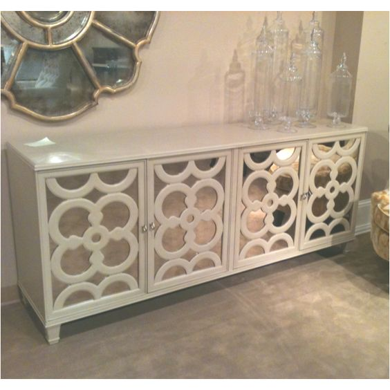 Charles Ray Console