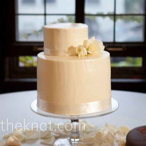 Off-Center White Cake @Joanna Lowe: Tier Wedding Cakes, Cake Wedding, Cakes Madness, Cakes Fancy, Wedding Ideas, Cake Inspiration, White Weddings, White Wedding Cakes