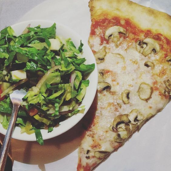 When you order a side salad and feel healthy AF. #GoJaneDiet  #gojane #nomnomnom #pizza #salad #truelove