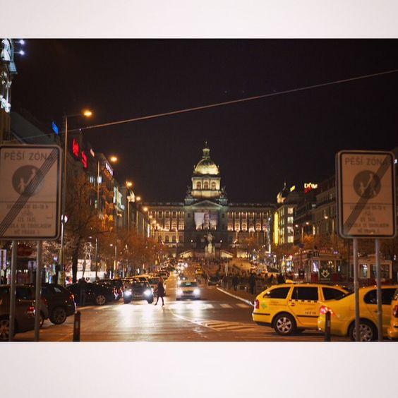 Praha by @lovelheeeeeee
