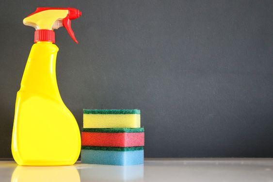 Le Nettoyant Multi Usages Fait Maison Laver Les Vitres