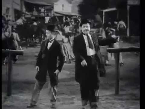 Laurel Hardy O Gordo E O Magro Dancando Tango Youtube O