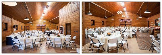 The Farm at Ridgeway wedding in Blythewood, SC | A rustic barn wedding venue with wagon wheels and wine barrels | Photographed by Columbia SC wedding photographer Kelly W Lucas