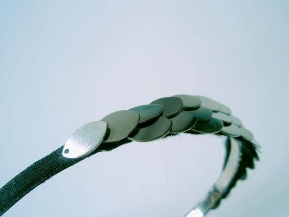 häßliche Haarreifen + Glitzerzeugs = DIY