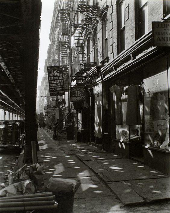 Allen Street, New York, 1937, Berenice Abbott. (1898 - 1991)