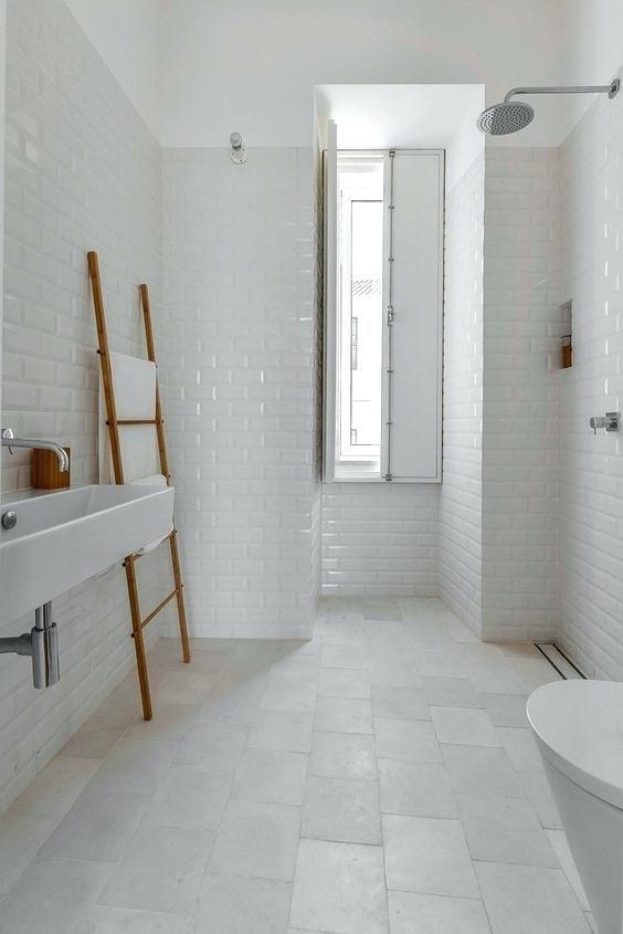 Large White Tiles Bathroom In Kolkata Ideas Bathroom Bathroomideas Bathroomdecor Bathroomdecor B White Bathroom Tiles Tranquil Bathroom Minimal Apartment