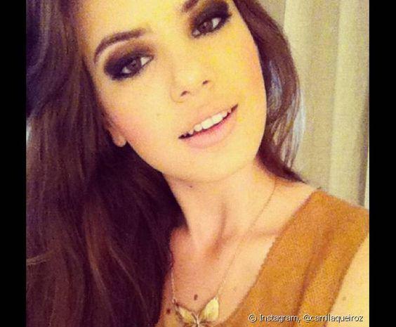Camila Queiroz - Pesquisa Google