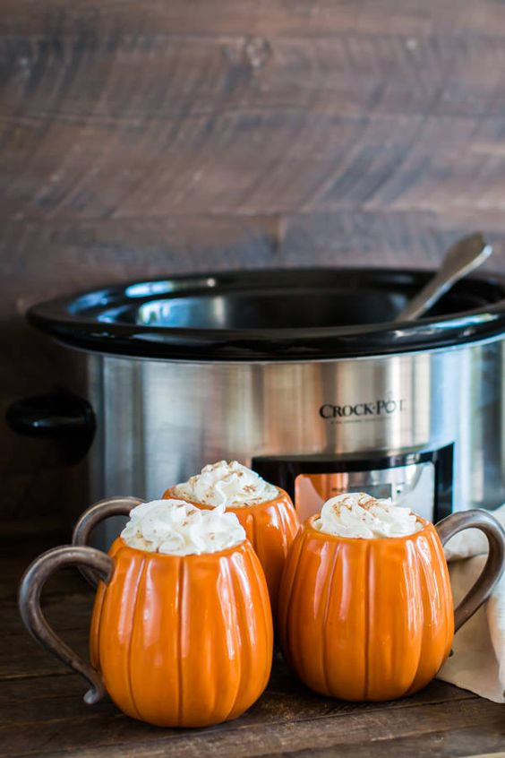 Slow Cooker Pumpkin Spice Lattes