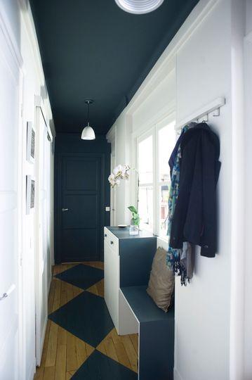 Dans l'entrée, un meuble de rangement bien pensé - Rangements déco pour l'entrée et le couloir - CôtéMaison.fr