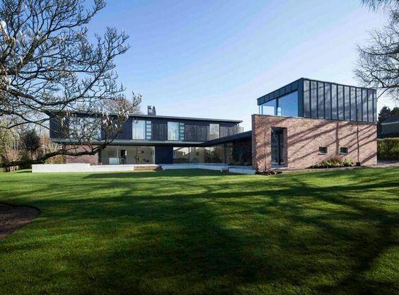 Millbrook House by Loyn & Co