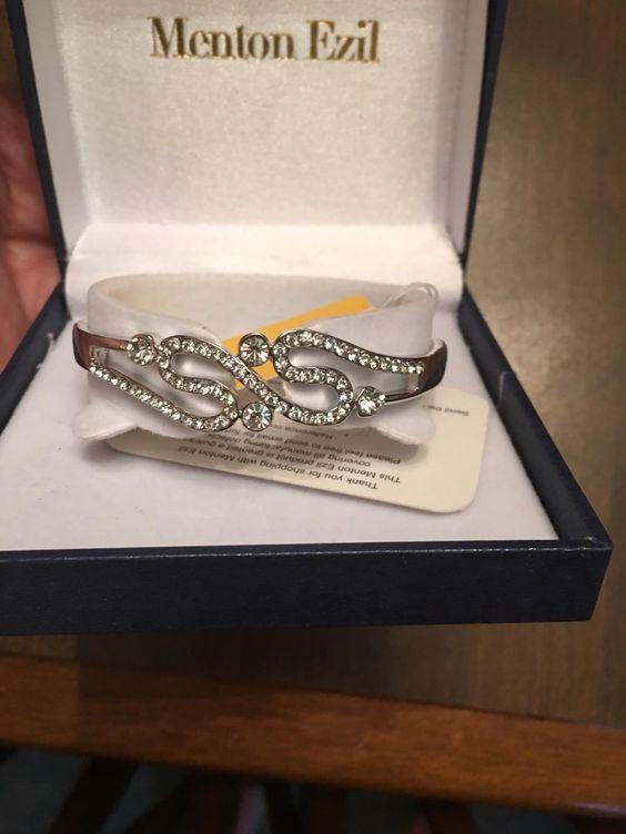 Amazon.com: Customer Reviews: Menton Ezil Elegant Rose Gold Plated Cubic Zirconia Colorful Crystal Flexible Hinge Bangle (Infinity Love -- Blue Box)
