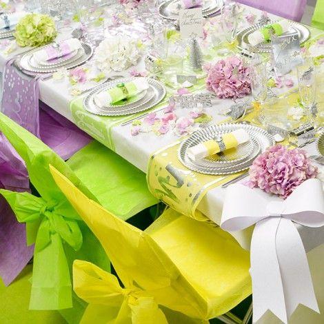Una propuesta de colores diferente para bodas al aire for Sillas para novios