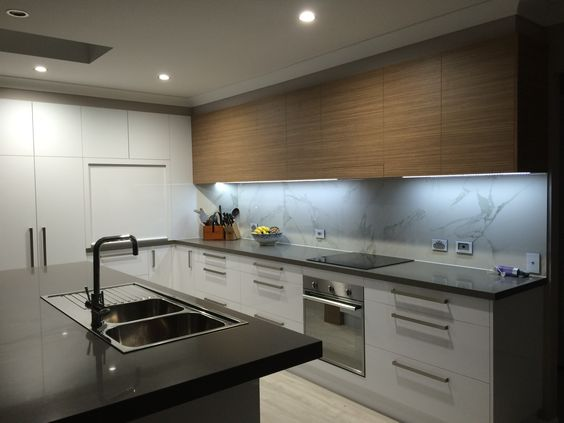 Island stone bench top in quantum quartz tornado over heads feature horizontal grain laminex for Laminex kitchen ideas