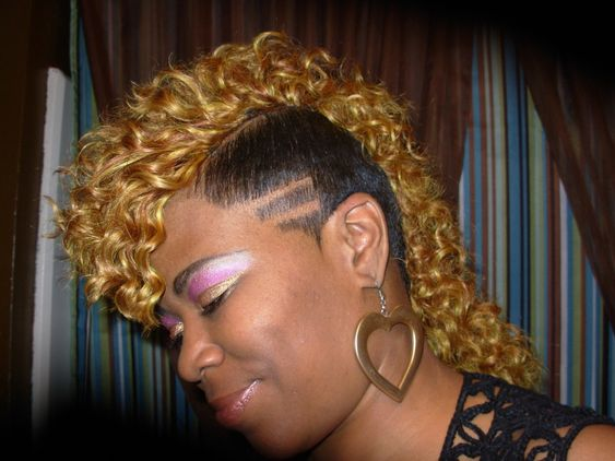 Raymona Hairstyles With Weave Curly Mohawk Side