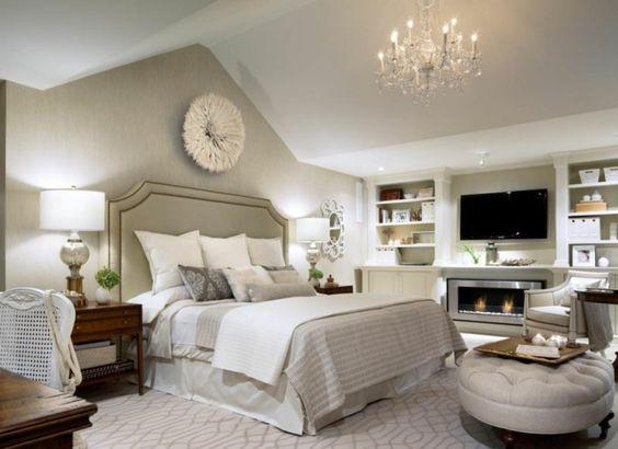 deko ideen schlafzimmer beige w nde offene regale wanddeko leuchter kamin schlafzimmer. Black Bedroom Furniture Sets. Home Design Ideas
