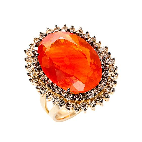 This one-of-a-kind jewelry pieces are all hand-designed and hand-made. Unique jewelry with the best diamonds and gems.