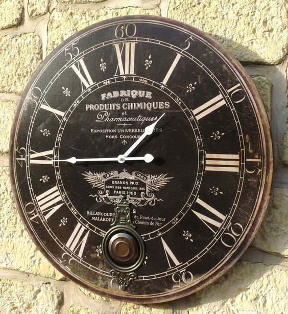 style ancienne grande horloge pendule murale ronde a balancier de cuisine salon