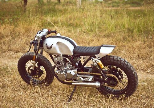 Honda CB125T với 'đôi mắt thiên thần' của thợ Việt Nam
