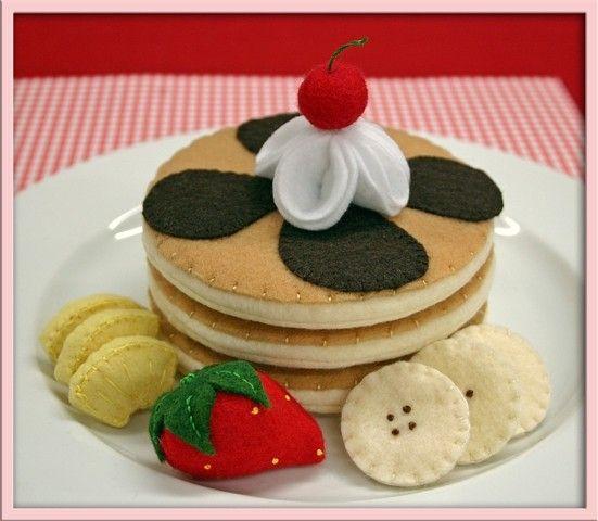 Love the banana and pineapple slices...==   banana slices, strawberry, pineapple, felt pancake breakfast