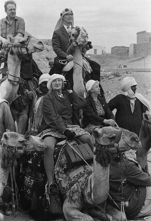 Thomas Hoepker  ::    A Norwegian tourist group on camels near the Giza pyramids  1962
