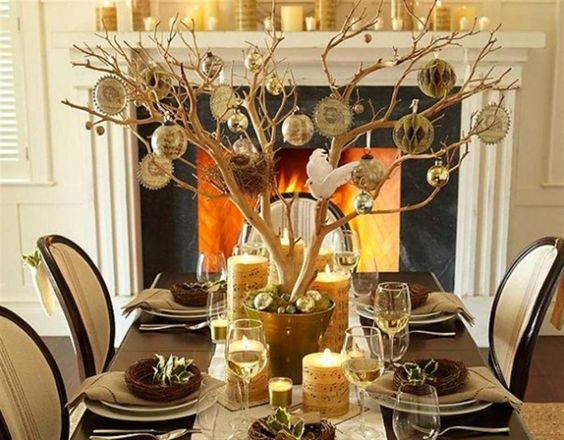 [Decoration] : Awesome Christmas0table Setting With Garland And Attractive Tree Decorating Aalso Wooden Table And Chair And Glass Cup And Plate And Spoon And Fireplace And Mantels Also Gold Ornament Ideining Room Design: