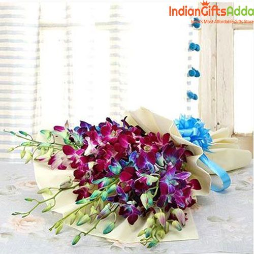 Surprise Your Loved Lady With Gorgeous Purple Orchid Flowers Bouquet To Make Her Morning Special Flowers Are Must To With Images Purple Orchid Bouquet Blue Orchid Bouquet