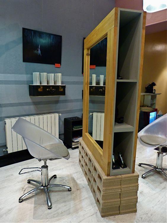 Tocadores sillones peluqueria originales reciclados for Muebles salon madrid
