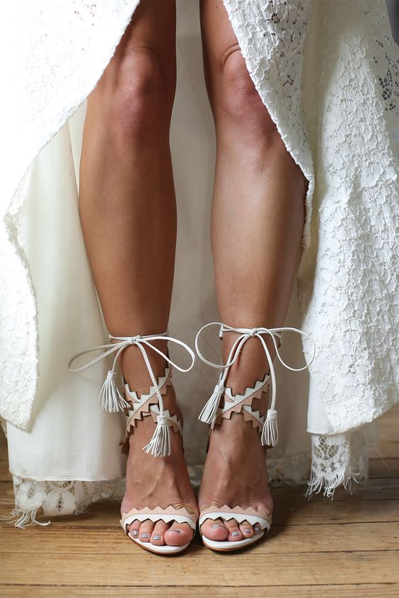 26 Boho Wedding Shoes And Boots That Inspire Happywedd Com Boho Wedding Shoes Wedding Shoes Boots Wedding Shoes Heels