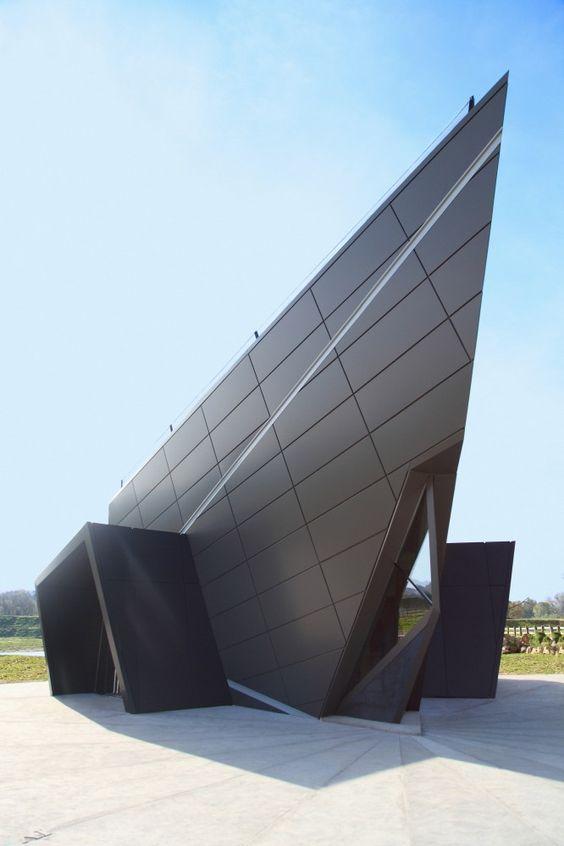 #architecture : Digital Museum / Claudiu Ionescu
