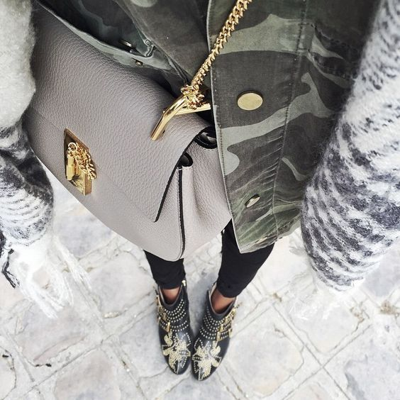 Keepin' it camo today with @shop_sincerelyjules jacket, Chloe bag and boots! ❤️