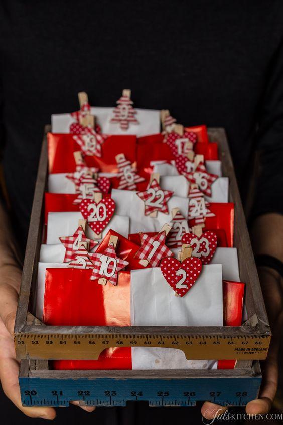 Christmas Cookie advent calendar! #christmascookies @foodblogs
