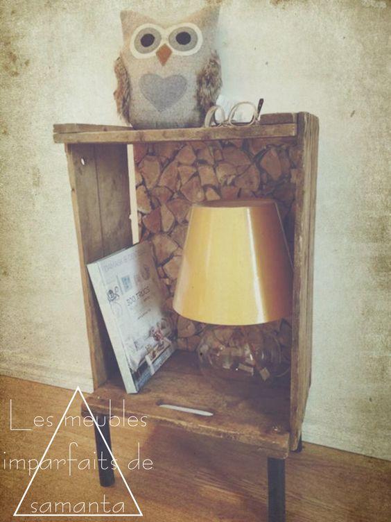 DIY Table d'appoint/de chevet créée à partir d'une vieille caisse de pommes!