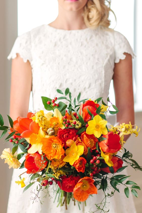 Wedding Flowers Utah Calie Rose bright spring wedding bouquet citrus wedding bouquet