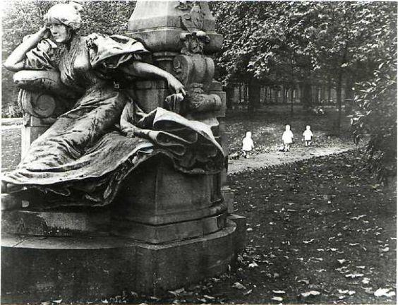 Robert Doisneau Photography Three Children in the Park