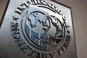 El Presidente de Armenia, Serge Sarkisian recibió el lunes a Guillermo Tolosa, Representante Residente del Fondo Monetario Internacional (FMI) y a Mark Horton, director de la misión del FMI en Armenia.