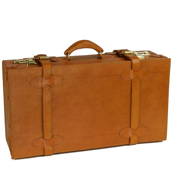 """22"""" hand-made cabin size suitcase by Camden Leatherworks in classic vintage styling."""