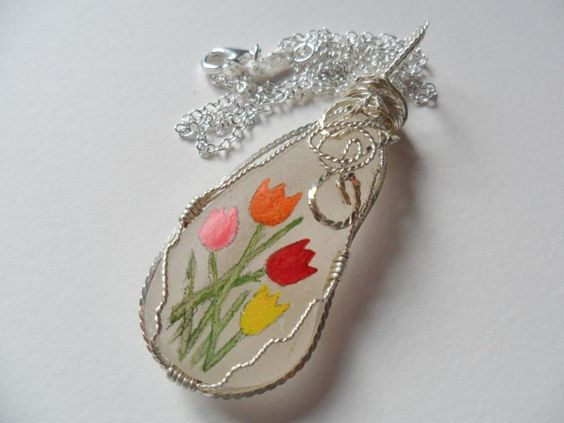 Chunky tulip hand painted sea glass necklace - 18  sterling silver chain