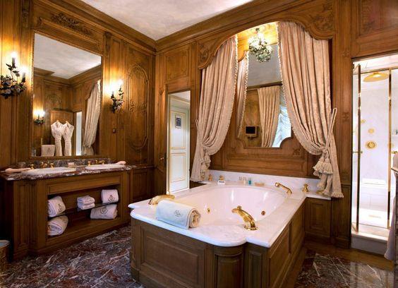 Paris h tel ritz style baroque int rieurs salles for Paris hotel des bains