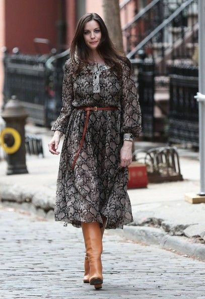 Liv Tyler Poses in NYC - Pictures - Zimbio